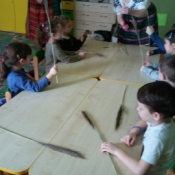 Warsztaty robienia palm w klasach zerowych_10