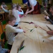 Warsztaty robienia palm w klasach zerowych_15
