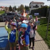 Przedszkolni odkrywcy małej i dużej Ojczyzny – kwiecień_5