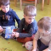 Przedszkolni odkrywcy małej i dużej Ojczyzny – marzec_35