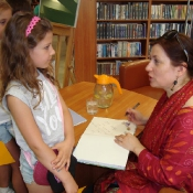 Drugoklasiści na spotkaniu z pisarką Natalią Usenko (20.06.2017)