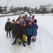 Klasy I A i I B na zimowym spacerze 2019 r._2