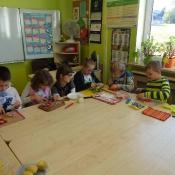 Klasa 3c przygotowuje sałatkę (17.10.2016)