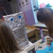 Klasa 6b projektuje roboty_11