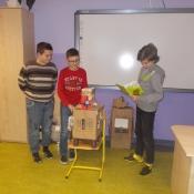 Klasa 6b projektuje roboty_26