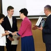 Laureaci konkursów przedmiotowych nagrodzeni przez Kuratora Oświaty i Prezydenta Miasta Lublin (30.05. i 11.06.2019)
