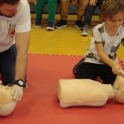 Lekcja pierwszej pomocy dla uczniów klas młodszych (22.10.2015)_9