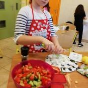 Mali kucharze z 3b polecają sałatkę grecką