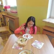 Mali kucharze z 3b proponują zdrową sałatkę (15.05.2019)
