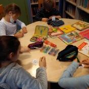 Pierwszoklasiści z wizytą w bibliotece (6.11.2020)
