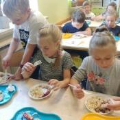 Warsztaty kulinarno-przyrodnicze w 2a i 2b (22.10.2019)
