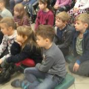 Świąteczna wizyta klasy 1a w MBP (14.12.2016)