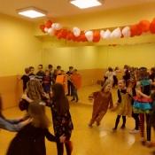 Zabawy karnawałowe w klasach 1-3 (13.02.2020)