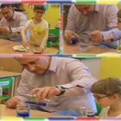 Żabki eksperymentują z tatą Oli_2