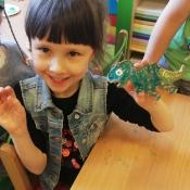 Żabki w świecie dinozaurów_20