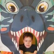 Żabki w świecie dinozaurów_23