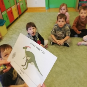 Żabki w świecie dinozaurów_6