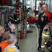 Maciusiowe przedszkolaki w Straży Pożarnej_41