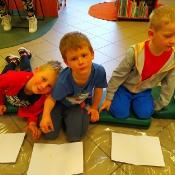 Majowa wizyta Biedronek i Żabek w bibliotec_12