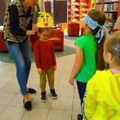 Majowa wizyta Biedronek i Żabek w bibliotec_6