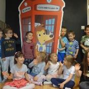 Motylki i Biedronki w podróży dookoła świata w Szkole Językowej Helen Doron_23