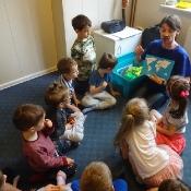 Motylki i Biedronki w podróży dookoła świata w Szkole Językowej Helen Doron_2