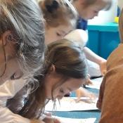 Motylki i Biedronki w podróży dookoła świata w Szkole Językowej Helen Doron_33
