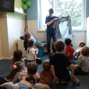 Motylki i Biedronki w podróży dookoła świata w Szkole Językowej Helen Doron_38