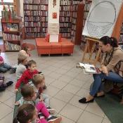 Motylki i Pszczółki w jsiennej bibliotece_5