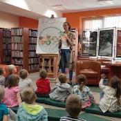 Motylki i Pszczółki w jsiennej bibliotece_7
