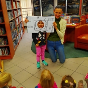 Październikowa wizyta Rybek i Smoków w bibliotece_10