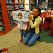 Październikowa wizyta Rybek i Smoków w bibliotece