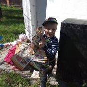 Przedszkolaki sprzątają Węglin_13