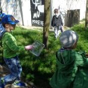 Przedszkolaki sprzątają Węglin_31