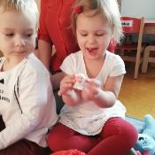 Rybki czytają z mamą Jasia_9