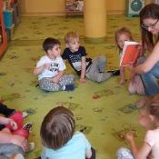 Smoki czytają z mamą Poli_1