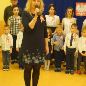 Szkoła do hymnu_1