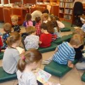 Z wizytą w bibliotece_23
