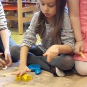 Zabawy Biedronek z piaskiem i gliną_8