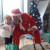Mikołaj- niezwykły gość w przedszkolu!_11