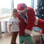 Mikołaj- niezwykły gość w przedszkolu!_25
