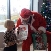 Mikołaj- niezwykły gość w przedszkolu!_27