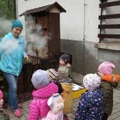 Misie poznają tajemnice pszczelarstwa_34