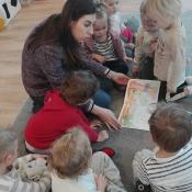 Skrzaty czytają z Panią Urszulą Bury_8