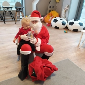 Spotkanie Skrzatów z Mikołajem