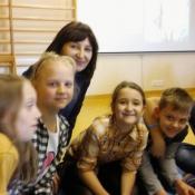Młodzież z Sobieskiego dzieciom z Chrobrego – warsztaty z języka niemieckiego_26
