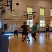Szkolny turniej koszykówki